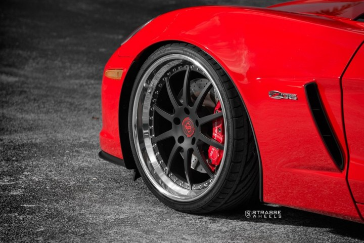 Strasse Wheels Red C6 Z06 R10 5
