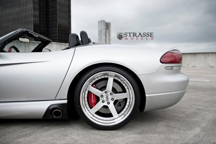 Strasse Wheels Viper 10