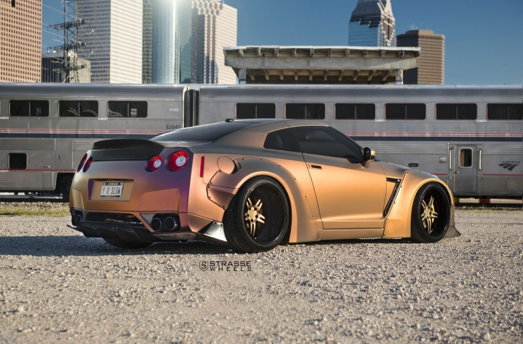Strasse Wheels - Liberty Walk Wide Body Nissan GT-R - SP5R Signature Series 8