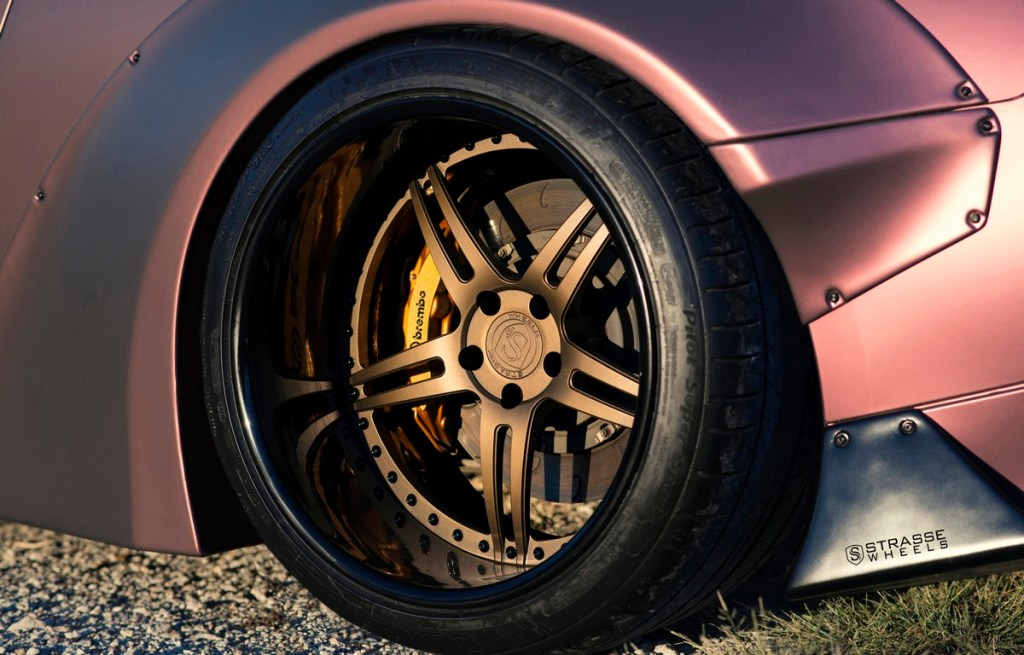 Strasse Wheels - Liberty Walk Wide Body Nissan GT-R - SP5R Signature Series 3