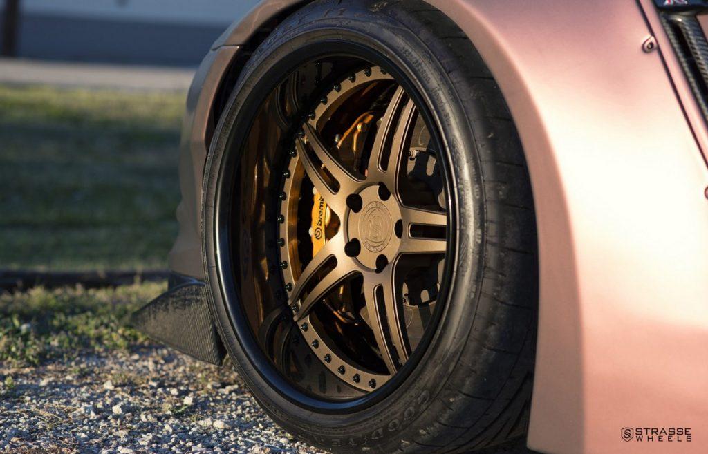 Strasse Wheels - Liberty Walk Wide Body Nissan GT-R - SP5R Signature Series 2