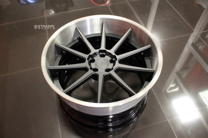 R10 Deep Concave - Satin Black & Gloss Brushed Titanium 12