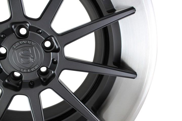 R10 Deep Concave - Satin Black & Gloss Brushed Titanium 8