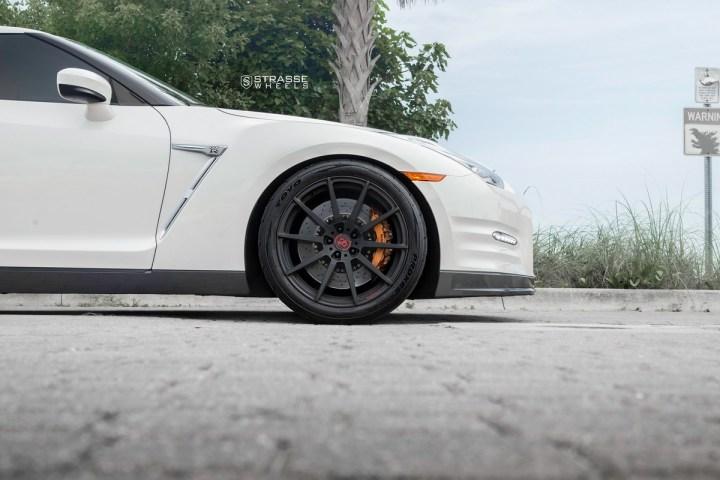 Nissan GT-R - 20_ R10 Deep Concave Monoblock - Matte Black - Tripp 4