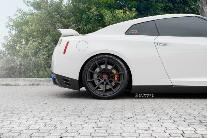 Nissan GT-R - 20_ R10 Deep Concave Monoblock - Matte Black - Tripp 5