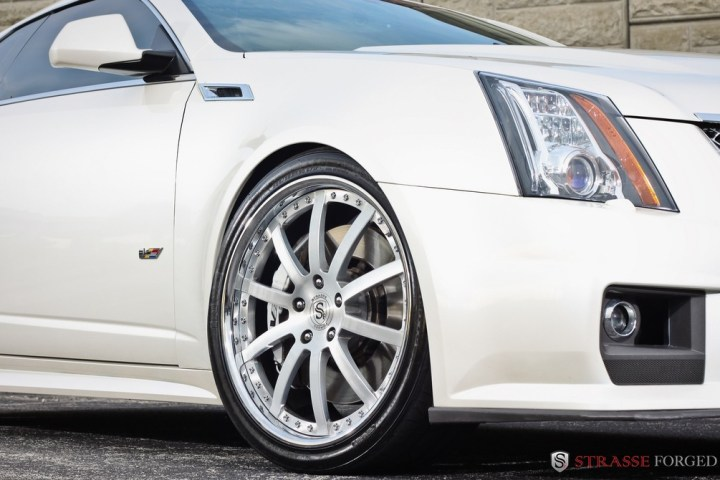 Strasse Forged CTS-V Coupe 3
