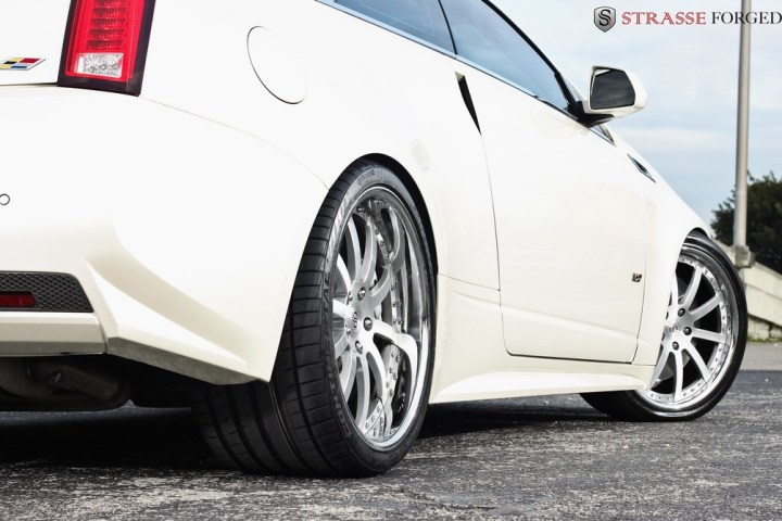 Strasse Forged CTS-V Coupe 8