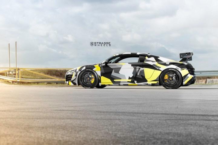 AudiR8 - 1