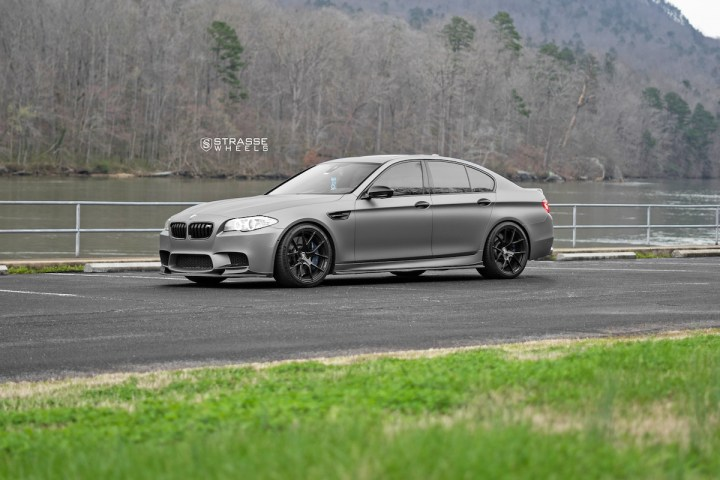 BMW F10 M5 - SM5R Deep Concave Monoblock - Gloss Black 3