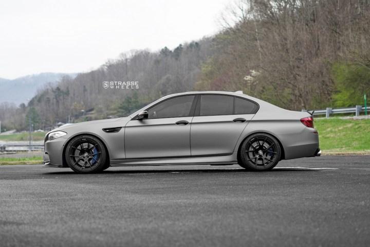 BMW F10 M5 - SM5R Deep Concave Monoblock - Gloss Black 4