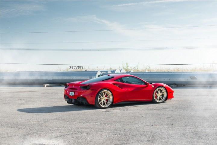 Ferrari-488-4