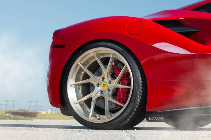 Ferrari-488-8 2