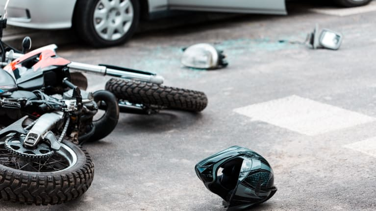 motorcycle_accident_ubwmhe