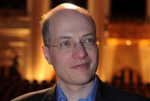 Alain De Botton The School Of Life Strategies For Influence