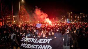 Europe : Des contestations contre les restrictions sanitaires fleurissent un peu partout
