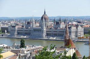 Plan de relance de l'UE : la Hongrie joue le jeu de la Commission