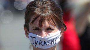 En Italie, goulag psychiatrique pour qui refuse le masque à l'école