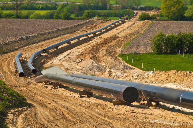 onshore pipeline construction