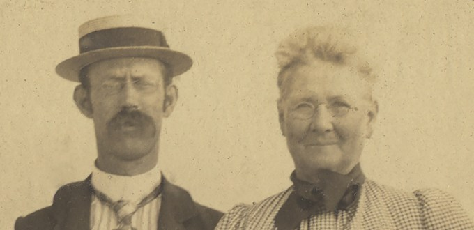 Part of a family portrait showing Edward Stratemeyer and his mother, Anna Siegal Stratemeyer, at a New Jersey Beach in 1905.