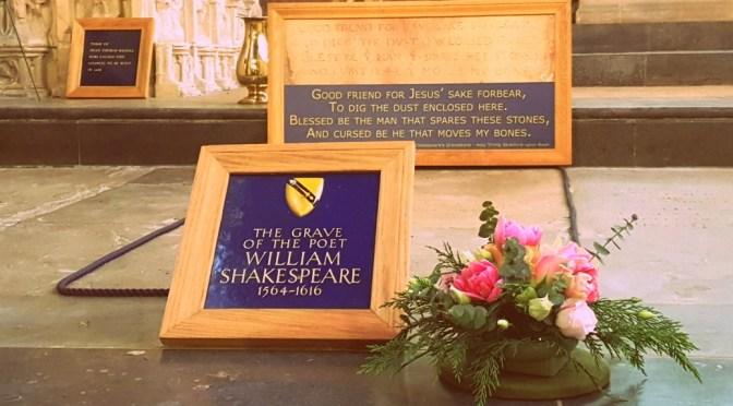 Visit the grave of William Shakespeare in Stratford-upon-Avon ©Stratfordblog.com