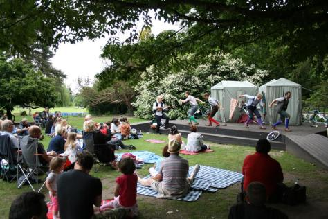 Free outdoor theatre in The Dell. Photo by Nicola Salmon © RSC
