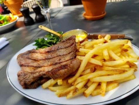Steak frites at Hotel du Vin Stratford-upon-Avon ©Stratfordblog.com