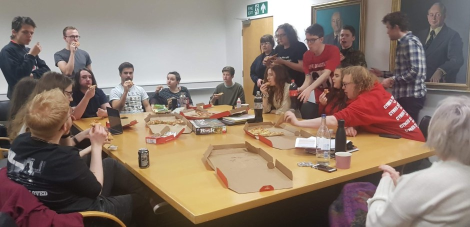 13 pizza.jpg