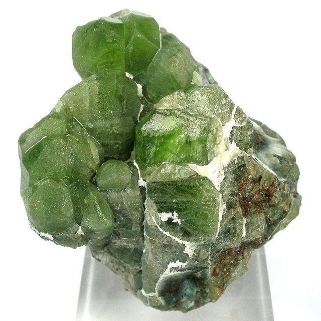 Birthstones and Their Meanings - August - Peridot
