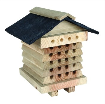 Gardman AE60015 Bee Hive with Slate Roof available from Strawberry Garden Centre, Uttoxeter