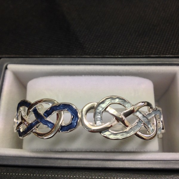 equilibrium-49205-silver-plated-blue-love-knot-bracelet-available-from-strawberry-garden-centre-uttoxeter