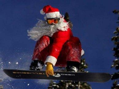 santa-claus-snowboard