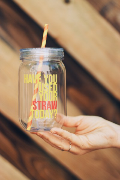 screw top straw phonation cup 1