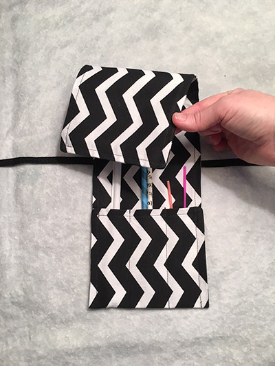 Black and white chevron straw-pouch-folded