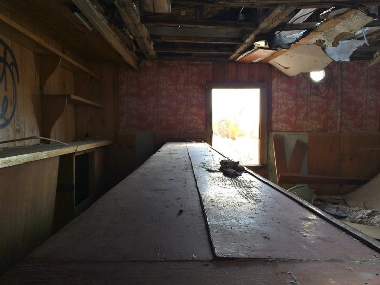 Abandoned bar along HWY 395.