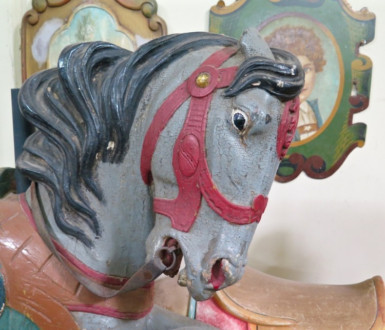 The Philadelphia style is associated with very realistic-looking horses/animals, who normally were carved with very lifelike poses and expressions.