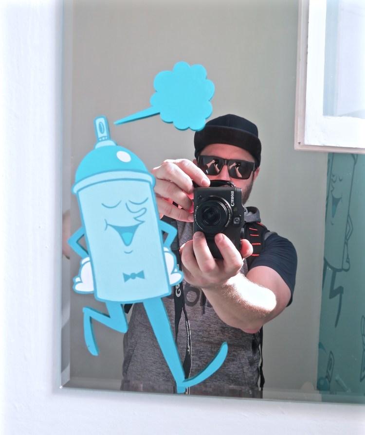 [sh]Art Reflective Selfie