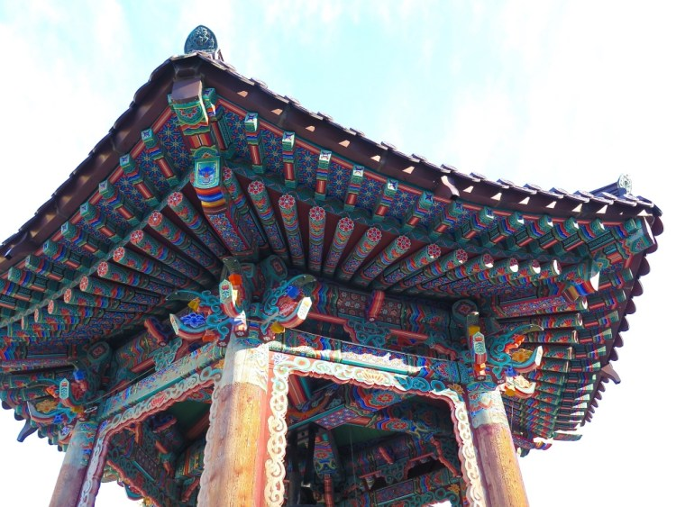 The temple is located on a wonderful energy point according to oriental principles of geomancy.