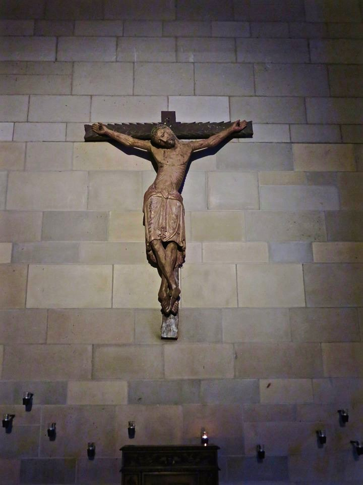 Hung Jesus