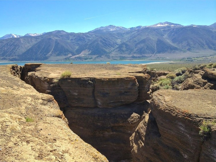 Black Point erupted about 13,000 years ago following the last ice age, when Mono Lake swelled to five times its current size and nearly ten times its current depth.