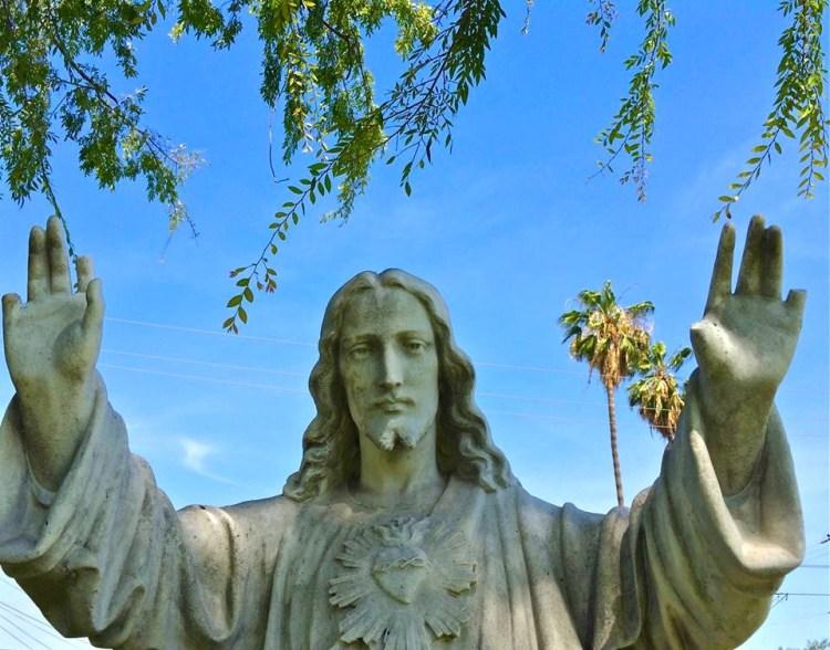 6 Finger Jesus Praise