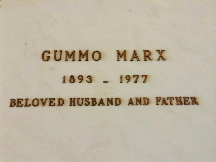 Gummo Marx (1893-1977) was one of the lesser-known members the Marx Brothers. His brother Chico rests directly across from him.
