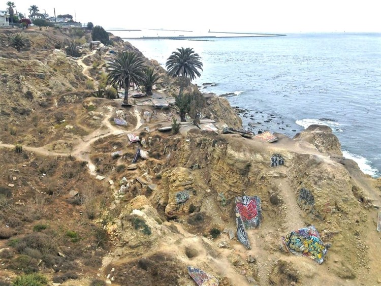 Your first view of Sunken City when entering from the eastern edge of Point Fermin Park.