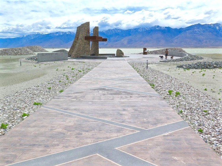 The Plaza Trailhead's central feature is Plover Wing Plaza, inspired by the Snowy Plover and serves as a gathering place for visitors. The Plaza Trailhead's central feature is Plover Wing Plaza, inspired by the Snowy Plover and serves as a gathering place for visitors.