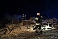 Pożar pustostanu w Wierzbicy (5)