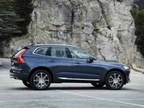 New Volvo XC60 - T6