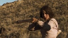 Michelle Williams stars in Kelly Reichardt's 'Meeks' Cutoff,' a story of 19th century settlers lost on the Oregon Trail