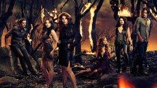 Jenna Dewan-Tatum, Julia Ormond, Rachel Boston, and Mädchen Amick in the sexy TV show