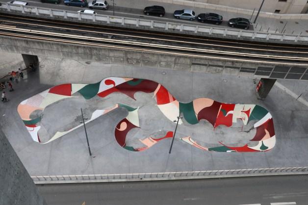 Oeuvre située en dessous de la station de métro Porte de Valenciennes, Lille, 2017©Amose