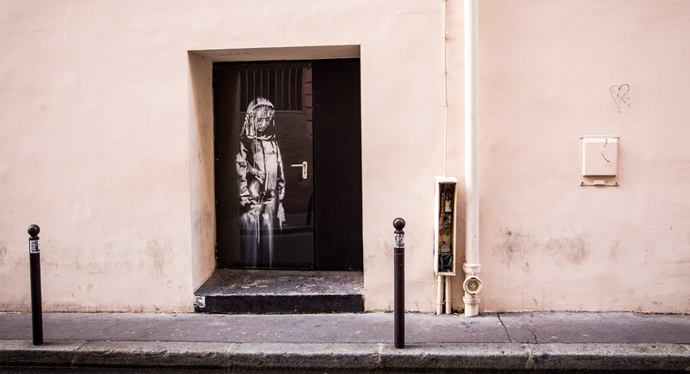 vf_main_banksy_bataclan_4662.jpeg_north_760x_white