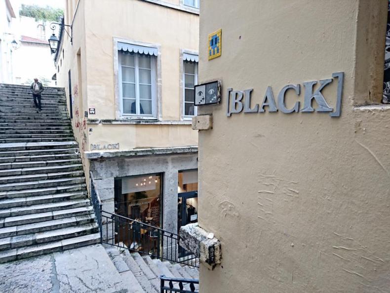 blackmessenger-passagethiaffay